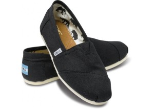 black toms 300x213 My Christmas Wish List