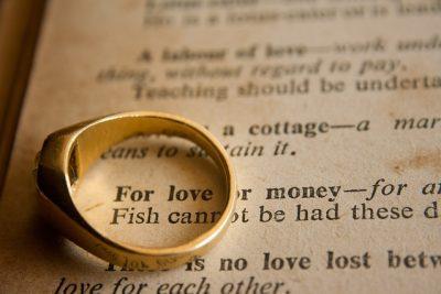 wedding-ring-390771_640